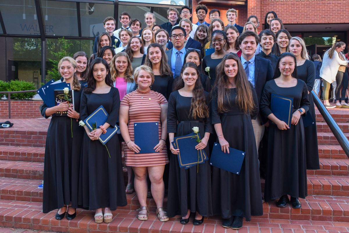 Students Honored at the 2019 Fine Arts Banquet